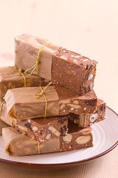 Symbol PRL-u, zamiennik czekolady, dla wielu smak dzieciństwa. Ja z tym deserem poznałam się dość późno, bo dopiero w liceum. Mega s...