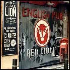 Bar front art... Cool Bars, Signage, Cool Pictures, Barcelona, Cover, Art, Art Background, Kunst, Billboard