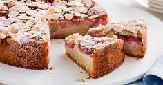 Almond and rhubarb cake