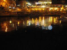 St Julians Spinola Bay at night