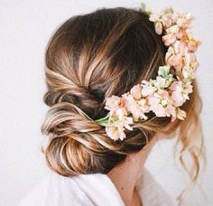 Possibly something like this but with BB flower? @Laura Bankin