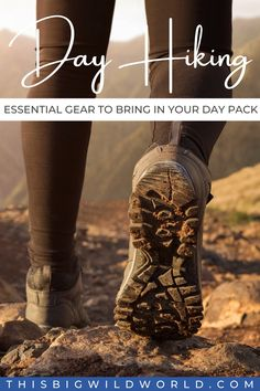 Do you have these essentials in on your day hike packing list? Find out what to bring on a hike plus helpful tips to ensure you're trail ready! day hike packing list | day hike essentials | day hiking essentials | what to bring on a day hike | hiking gear Packing Tips For Vacation, Packing For Europe, Packing Lists, Travel Packing, Hiking Tips, Hiking Gear, Hiking Backpack, Travel Usa, Travel Info
