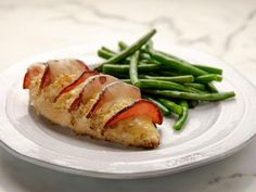 Food network recipes 53972895521811350 - Hasselback Chicken Cordon Bleu Recipe from Food Network's The Pioneer Woman Source by ldtg Best Baked Chicken Recipe, Easy Chicken Dinner Recipes, Meat Recipes For Dinner, Chicken Ideas, Food Network Recipes, Cooking Recipes, Tofu Recipes, Clean Eating Recipes, Snack Recipes