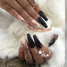 Not a fan of the two different nail shapes but everything else I love