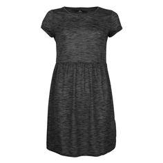 Simple et confortable, on adopte de suite cette robe à manches courtes de <br/>coloris chiné. On aime sa taille ressérée et élastique et les petits revers au <br/>niveau des manches.<br/> - devant