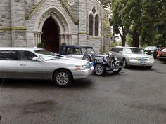 Navy - Silver Beauford Wedding Car Silver www.ie/- Wedding Limousine, Rat- Wedding Car Hire, Mercedes E Class, Party Bus, Dublin Ireland, Limo, How To Memorize Things, Rolls Royce, Buses, Rat