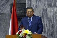 Lontarkan Isu Kudeta Militer SBY Bikin Gaduh Politik Indonesia : Mantan Presiden Susilo Bambang Yudhoyono siap pasang badan bila ada isu kudeta militer yang berembus di kalangan TNI. SBY mengecam keras jika ada oknum yang menyebarkan