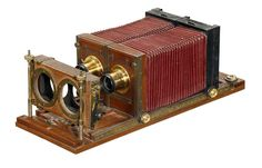 """Studio Stereo Camera, Probably French, """"Le Bi"""" 6,5 x 9 cm, c1880–90   Roller-blind shutter 1/15–1/80 sec., 2 focusing screens. Unusual and rare, Not yet documented in major literature!"""