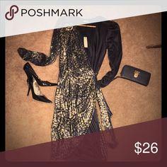 Vintage 80s Dress! No size but think medium. Label-less! Dresses