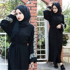 See this Instagram photo by @hijabfashiondesigners • 349 likes