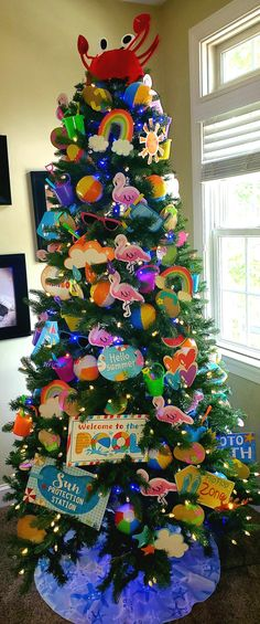 Summer Christmas, Office Christmas, Christmas In July, Unusual Christmas Trees, Holiday Tree, Holiday Decor, Summer Trees, Break Room, Tree Decorations