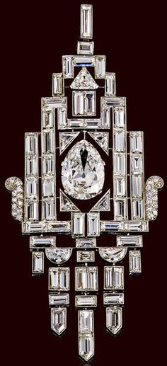 An art deco diamond pendant, circa 1930
