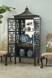 Pagoda cabinet