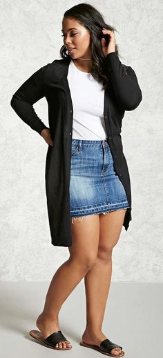 df16107fe3b53 plus size outfits 16 Black Denim Skirt Outfit Summer