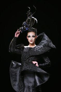Make-up artist Mao Geping dazzles at China Fashion Week S/S 2015