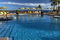Hawaii-Lanai-Four-Seasons-Resorts-Manele-Bay-Pool