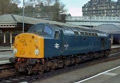 Class 40 No. 40057 waiting to leave Edinburgh Waverley station for Haymarket MPD on May 1983 having previously arrived on a local train . Locomotive Engine, Electric Locomotive, Diesel Locomotive, Steam Locomotive, Train Room, Train Pictures, British Rail, Old Trains, Speed Training