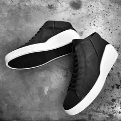 When Danish sports shoe producer ECCO and Norse minimalist shoe designer The Last Conspiracy team up to create a set of perfectly versatile, timeless . Kicks Shoes, Shoes Sneakers, Ecco Shoes Mens, Sneakers Fashion, Fashion Shoes, Dorothy Shoes, Minimalist Shoes, Popular Shoes, Sneaker Boots