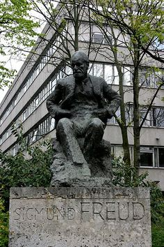 Sigmund Freud memorial in Hampstead, North London. Sigmund and Anna Freud lived at 20 Maresfield Gardens, near this statue. Their house is now a museum dedicated to Freud's life and work. The building behind the statue is the Tavistock Clinic, a major psychological health care institution.