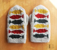 Fingerless Mittens, Knit Mittens, Knitted Gloves, Hand Knitting, Fair Isle Knitting, Knitting Patterns, Crochet Patterns, Wrist Warmers, Hand Warmers