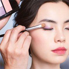 Shu Uemura, Berry Makeup, Professional Makeup, How To Look Pretty, Lilac, Berries, Instagram, Earrings, Jewelry