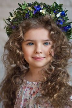 Bethen's curly hair and I love the blue eyes. Super cute, I can picture Bethen looking like this in older years