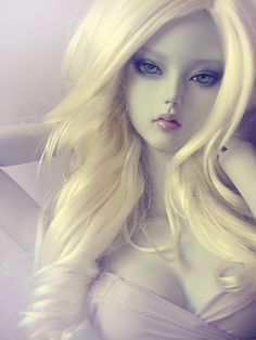 Soom [MD] Vesuvia Gorgeous doll photo
