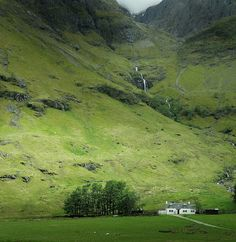 mountains_of_glencoe_scotland