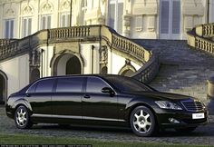 Want to enjoy Whitby Limo Service Toronto Airport? Then, you are at right place. We provide superior ground transportation to clients throughout the county. Providing service for all occasions and to all airports!