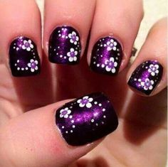 16 Fabulous Purple Nail Designs to Try - Nagelkunst Video Nail Art Designs, Purple Nail Designs, Flower Nail Designs, Flower Nail Art, Nail Polish Designs, Nails Design, Nail Art Violet, Purple Nail Art, Dark Purple Nails