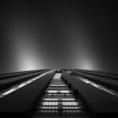Photos of Modern Architecture by Joel Tjintjelaar - My Modern Metropolis