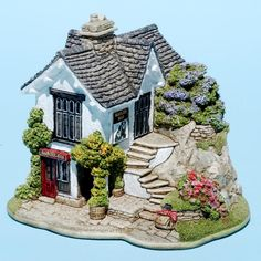 Badger Bar : Lilliput Lane™ The English Collection Clay Fairy House, Fairy Houses, Miniature Crafts, Miniature Houses, Easy Christmas Crafts, Simple Christmas, Sims House Design, Doll House Crafts, Mini Doll House