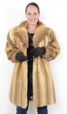 The skins are silky smooth, clean and well maintained. The jacket is in a neat and good condition. This cleans the coat, feeds the leather, makes it more supple. Fox Coat, Fox Fur Jacket, Red Fox, 3, Sexy Women, Vest, Coats, Jackets, Handmade