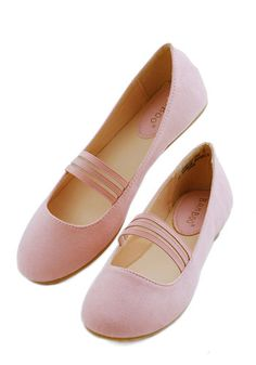 The World is My Plié Ground Flat in Pink. Walk, dance, or twirl your way to free-spirited fun in these simple ballet-pink flats. #pink #modcloth