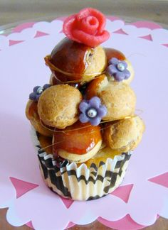 Whoa! Just whoa!!… Croquembouche Cupcakes!