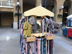 Don't forget that we have a stall at Hay's Galleria near London Bridge that's open every day from 10am til 6pm.  It's the perfect stop for all your scarf, glove and sock needs!