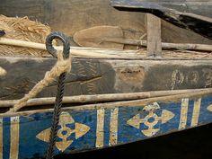 Details on Pinasse in Segou. Ndalama African Desert Crafts