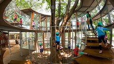 50年最棒建築!3棵大樹貫穿屋頂,500個小孩嬉鬧,這家東京幼稚園像藏在都市裡的童話村莊 - 教育 - 教育 - TEDxTaipei - 商業周刊