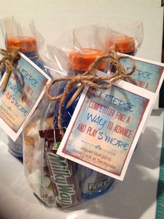 Golf Sayings Golf team goodie bag. Good luck wishes with Gatorade, Milky Way candy bar and s'mores trail mix. Team Snacks, Sports Snacks, Cheer Gifts, Golf Gifts, Team Gifts, Sports Gifts, Candy Gifts, Good Luck Wishes, Good Luck Gifts