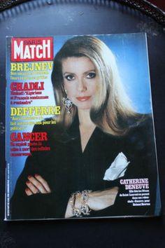 Paris Match n°1697 Catherine Deneuve - Brejnev - Carole Laure - Les Bee Gees | eBay