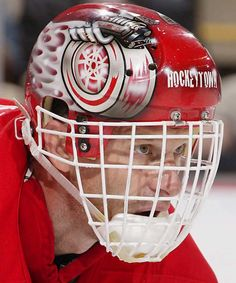 Ranking the 10 Coolest Goalie Masks in the NHL in 2013-14 ...