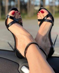 Hot Heels, Sexy Sandals, Sexy Legs And Heels, Black High Heels, Shoes Sandals, Stilettos, Stiletto Heels, Pumps, Rhinestone Sandals