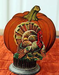 vintage thanksgiving paper decorations