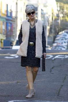 sweater dressing   style at a certain age #overfiftyblogger