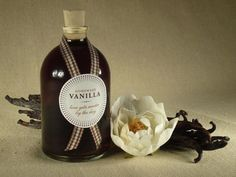 51. DIY vanilla extract #giftguide