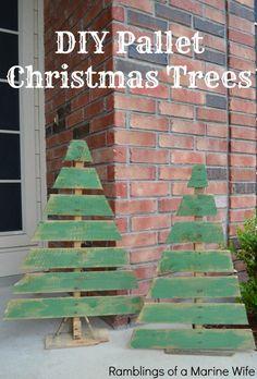 DIY Pallet Christmas