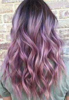 Pastel Renkli Ombre Saç Modelleri ve Saç Renkleri - dalgalı saç mor ve siyah renkli | SadeKadınlar - Moda
