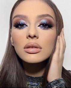 Eye Makeup Designs, Eye Makeup Art, Skin Makeup, Halo Eye Makeup, Eye Makeup Cut Crease, Rave Makeup, Night Makeup, Dramatic Makeup, Pastell Make-up
