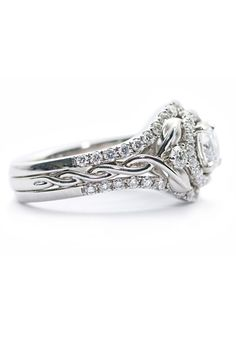 Oster Jewelers has a wide variety of Parade Design Engagement Rings and Wedding Bands in stock and available to order. Perfect for every style and every stone, Parade rings are as individual and unique as you! #MyBridalStyle #MyDiamondStyle