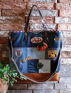 나만의 청바지 가방 만들기...리폼 청바지 가방 도전하기... 두번째 청바지 가방 입니다. 이번엔 가죽을 믹...